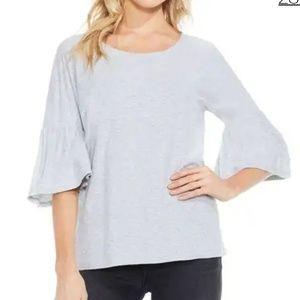 Price dropped ⬇Vince Camuto grey ruffle sleeve top